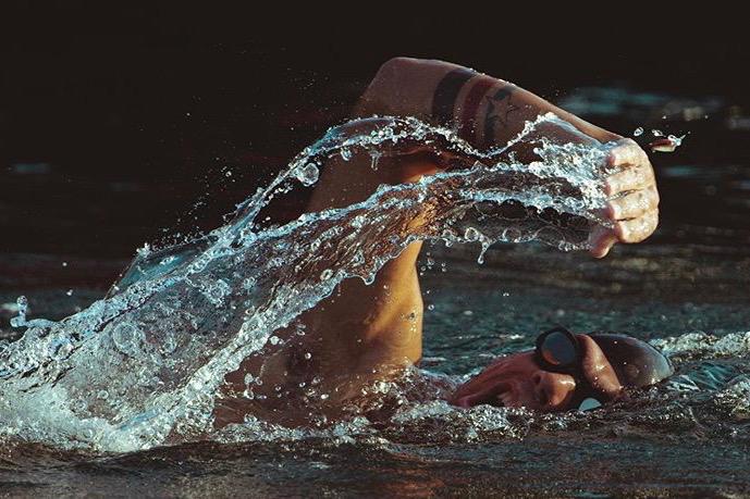 Oltre il limite, nuoto